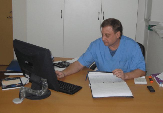 Ветеринарный врач - хирург в Одинцово Московской области - Сысуев Вячеслав Михайлович
